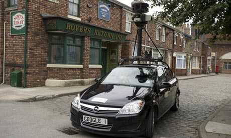 google-street-view-car-on-001